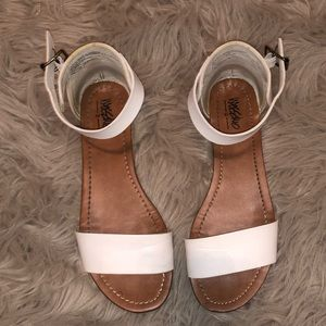 Massimo Ankle Sandals